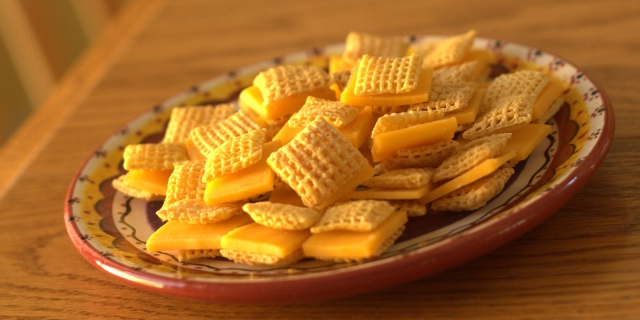 Tiny 150 Calorie Cheese Crackers